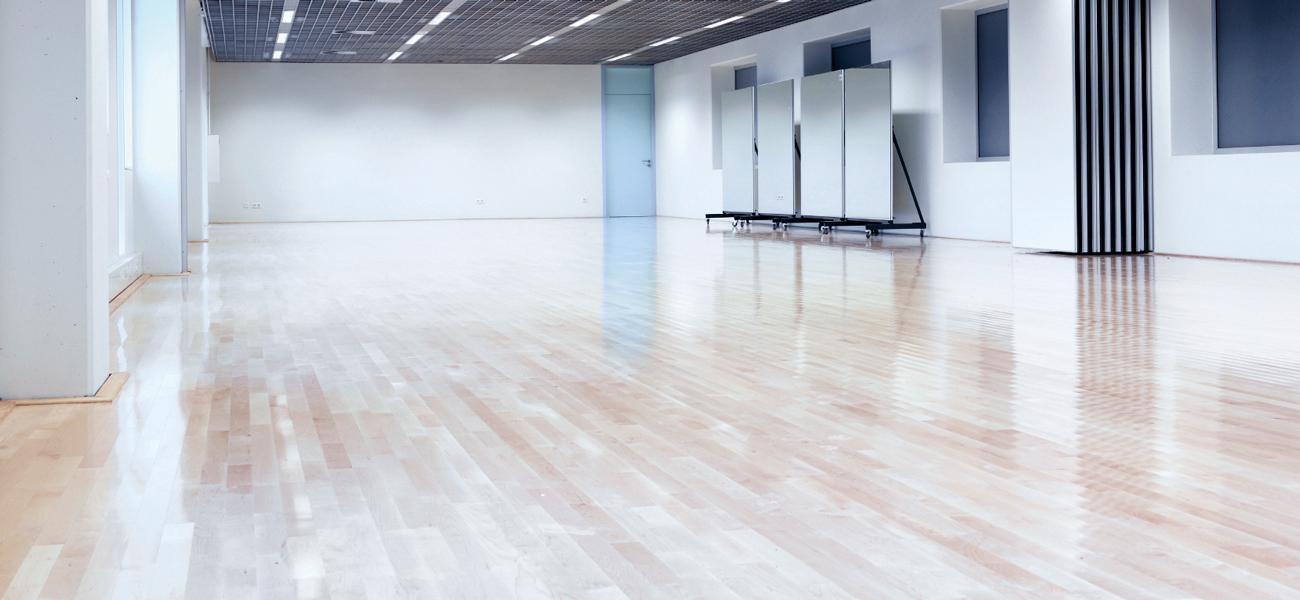 põranda vahatamine ja korralik põranda hooldus