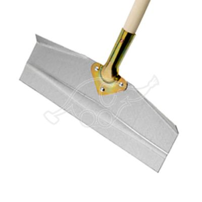 Straight snow shovel